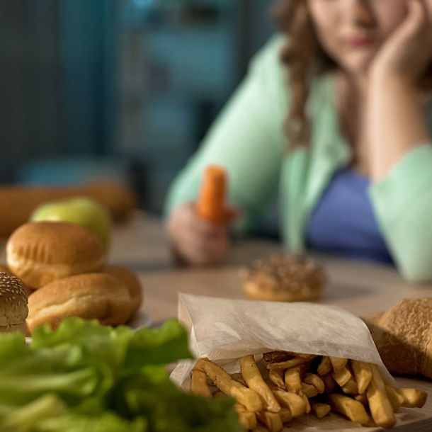 Compulsive Overeating (3 CE)